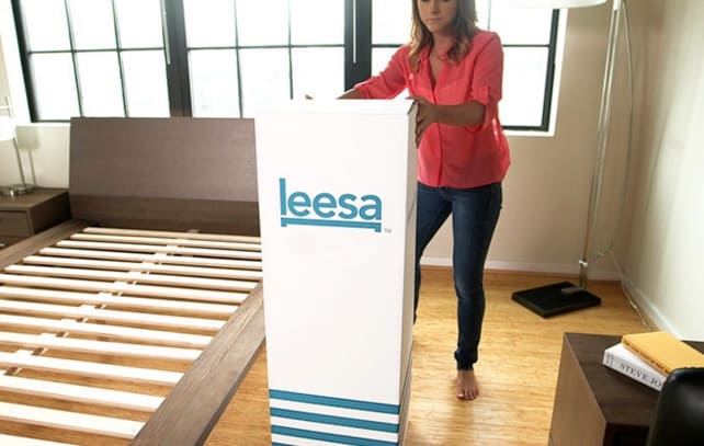 Leesa mattress review - delivery box