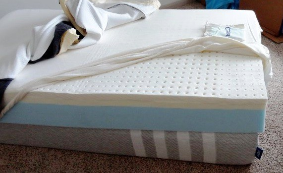 Casper mattress: cover off showing memory foam layers