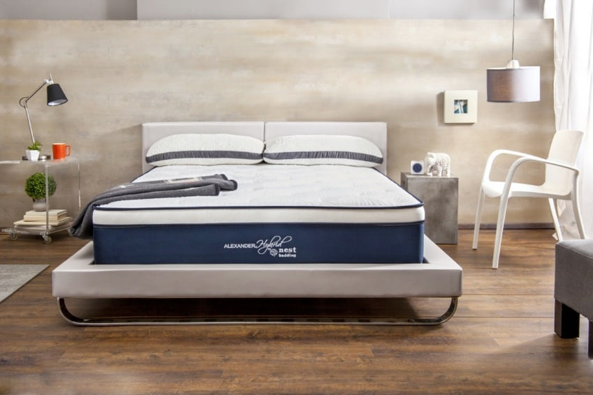 Nest Alexander Hybrid Signature Select mattress review - modern platform bed
