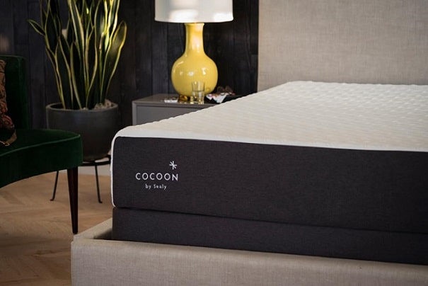 Cocoon mattress style and aesthetics