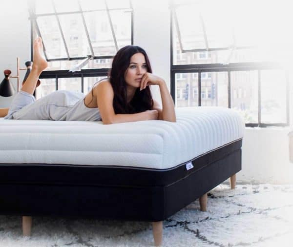 Luxi mattress - girl on bed