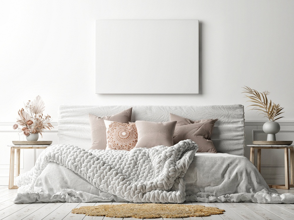 Farmhouse Bedrooms in Light Gray with Knitted Blankets