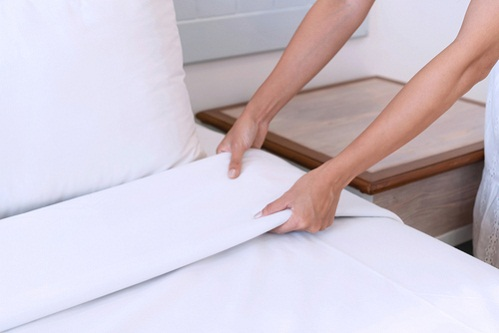 how to keep sheets white